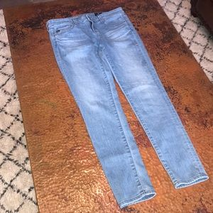 """{AG} Skinny Jeans. """"The Legging Ankle."""" Size 27."""